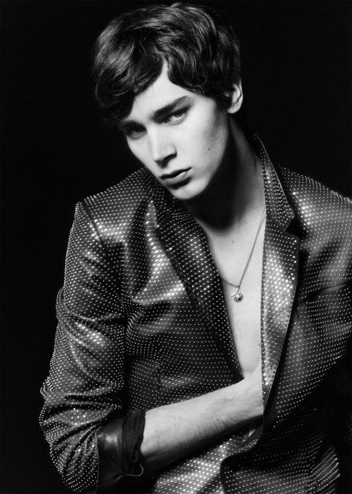 vman-new-faces-max-papendieck-mitchell-gorthy-03